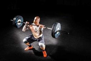 Von Anfänger bis zum Bodybuilder - mit der Langhantel können viele Muskelgruppen trainiert werden