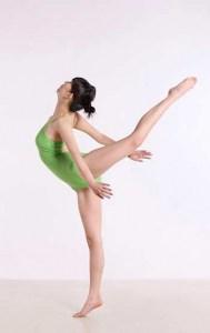 Für viele Sportarten gibt es die spezielle Sportanzüge - für Gymnastik die Gymnastikanzüge